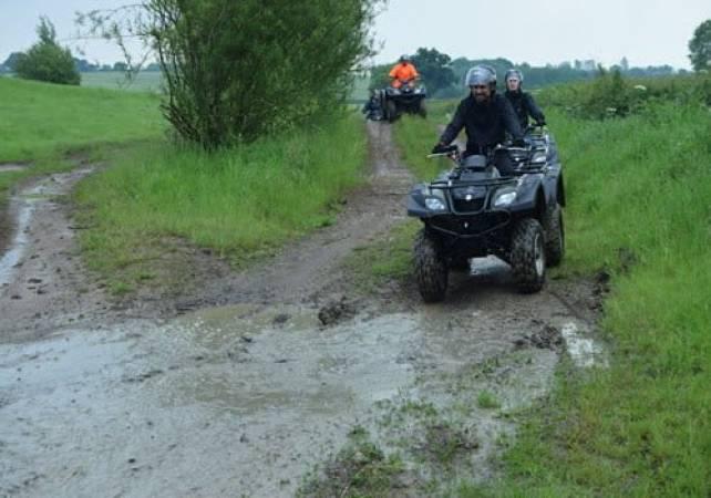 Quad Bike Experience  Milton Keynes, Quad Treks minimum age 16 yrs + Image 4