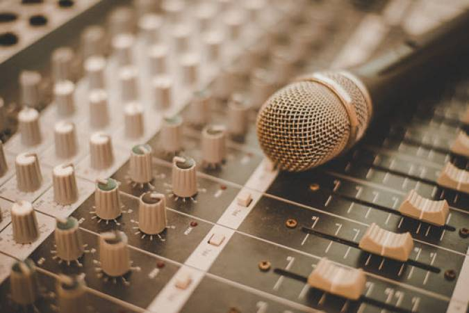 1 Hour Recording Studio Session  - at 70 Locations Nationwide Image 1