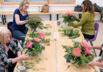 Thumbnail - Summer Flower Arranging Classes near Northamptonshire Image 2