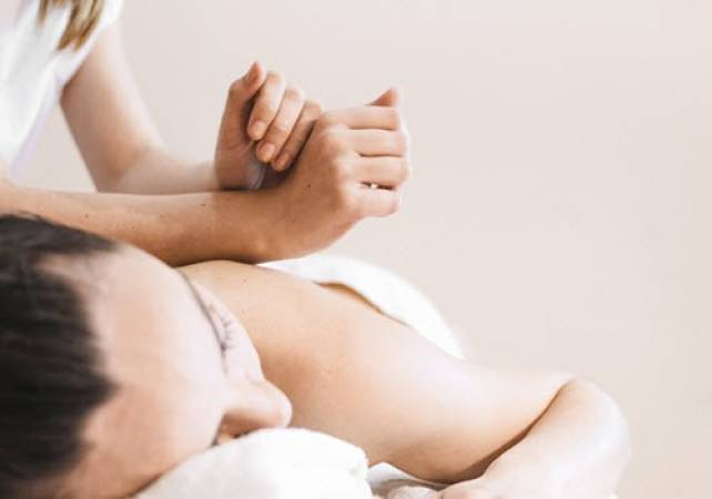 Swedish Massage Relax Body & Soul  - Gifts for Him and Gifts for Her Image 2