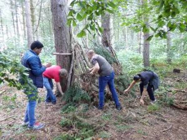 The Bushcraft team building experience near York voucher experience Image 4