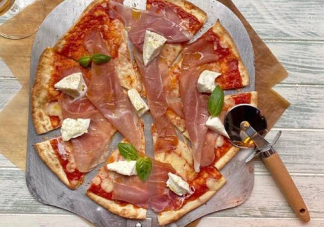 Unlimited Pizza & Italian Sparkling Wine Brunch at Various UK Locations Image 1