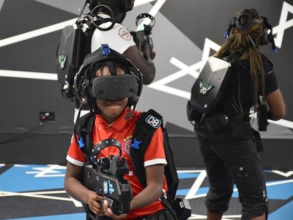 Outbreak Origins Free Roam Virtual Reality Experience Image 2