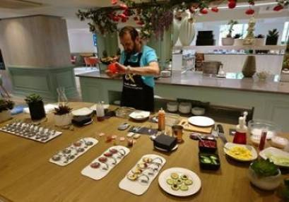 Cooking With Science Workshop learn molecular gastronomy in London
