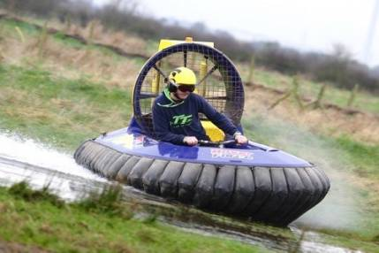 Hovercraft experience for beginners based in Cheshire