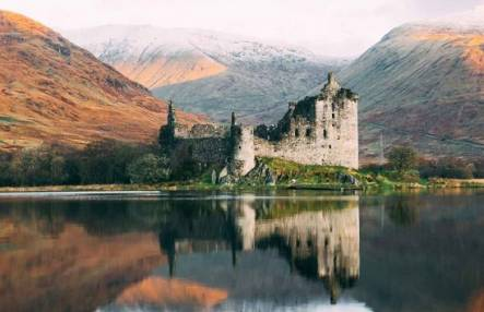 Outlander 1 Day Tour  in central Scotland LGE