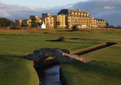Golf Gifts to Play 18 Holes with a Pro @ St Andrews