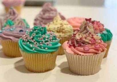 Added Beginners Cupcake Decorating Class To Basket