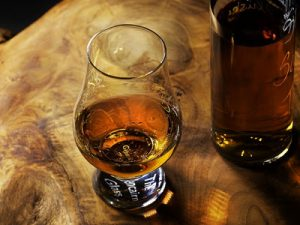 Whisky tours and tastings experiences in the UK