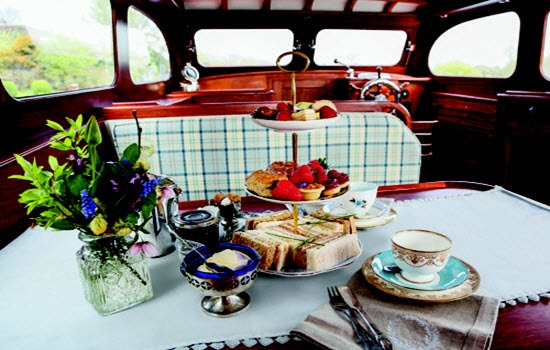 River Thames Cruise With Afternoon Tea Gallery Image