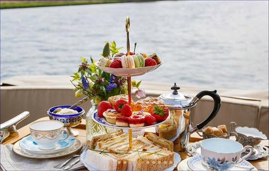 Luxury River Thames Cruise With Cream Tea Gallery Image