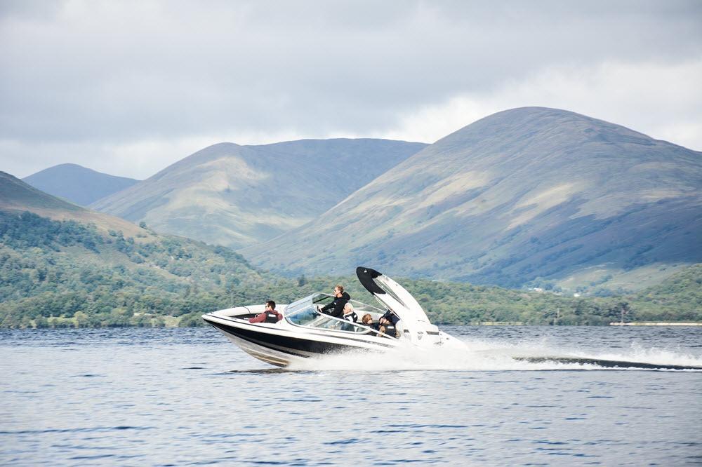90 Minutes Speedboat Tour on Loch Lomond Gallery Image