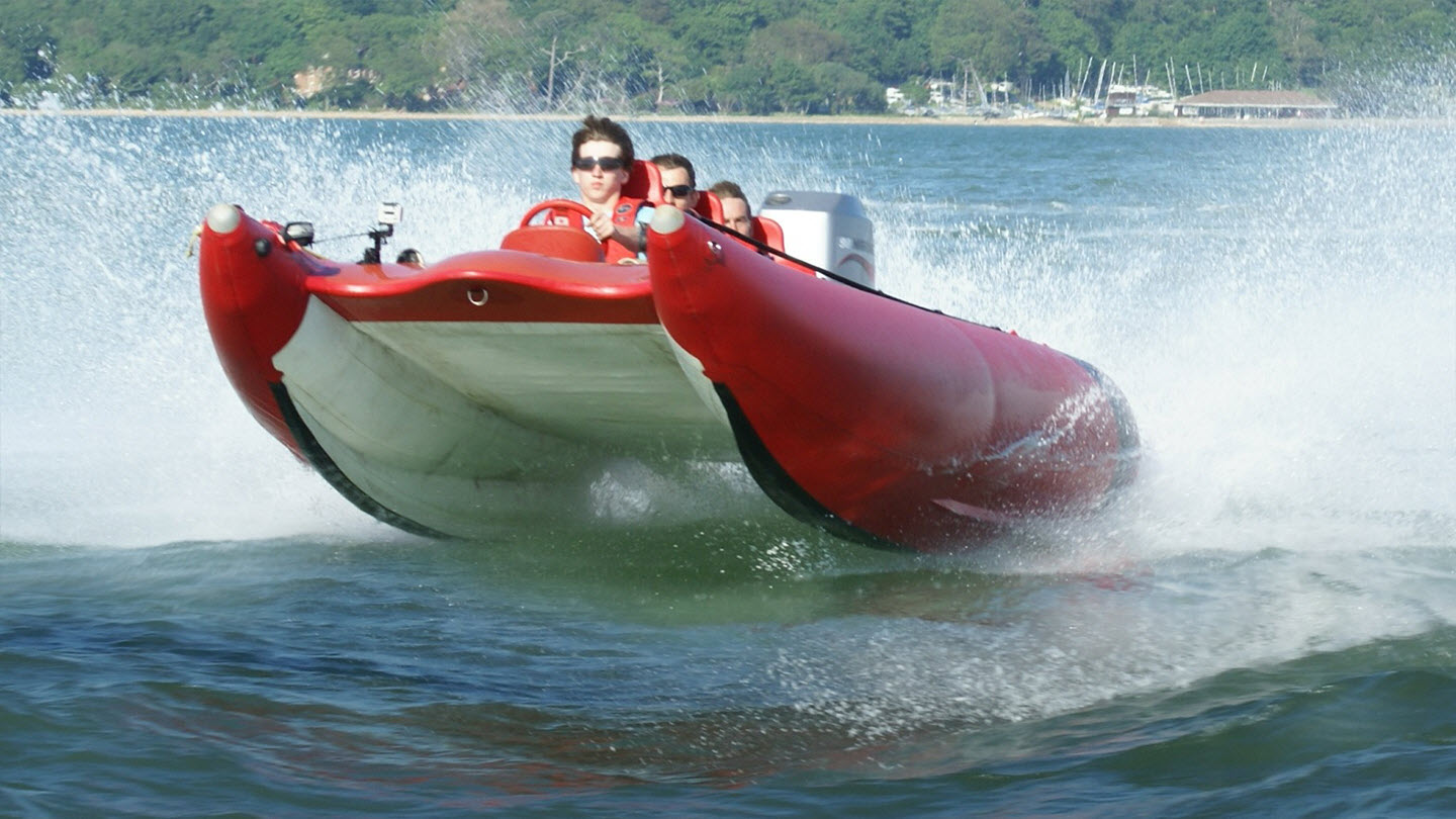 THUNDERBOLT RACING BOAT EXPERIENCE Gallery Image