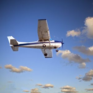 private flying lessons and tours in UK