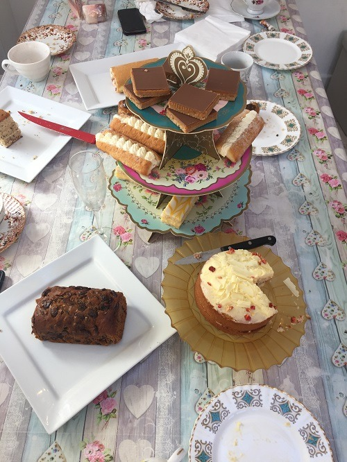 Cosmetic Workshop With Afternoon Tea Gallery Image