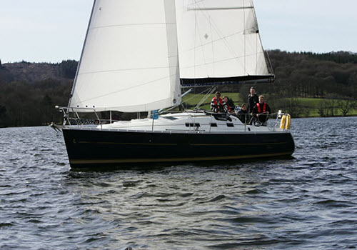 exclusive sail on lake windermere cumbria