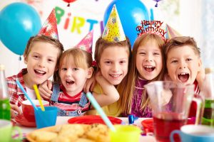 children celebrating at a birthday party